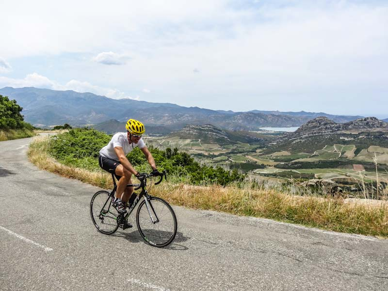 https://bcyclet.com/wp-content/uploads/2020/02/cycling-tour-corsica-4.jpg