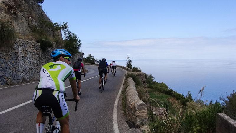 https://bcyclet.com/wp-content/uploads/2020/02/cycling-tour-majorca-29.jpg