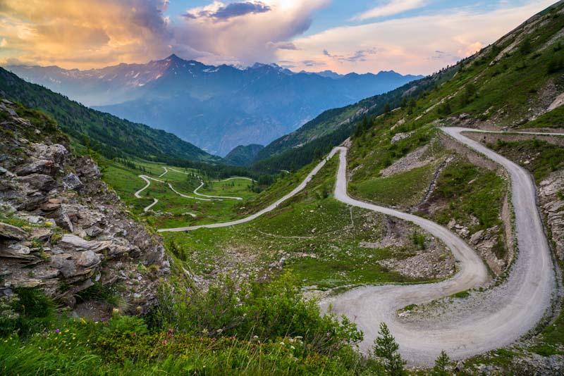 https://bcyclet.com/wp-content/uploads/2020/02/italy-piedmont-piemonte-bike-tours-bcyclet-36.jpg