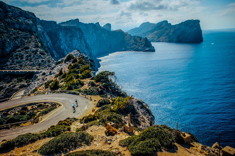 https://bcyclet.com/wp-content/uploads/2020/02/spain-mallorca-bike-tours-bcyclet-26.jpg